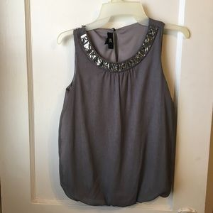 Shell top with jewels